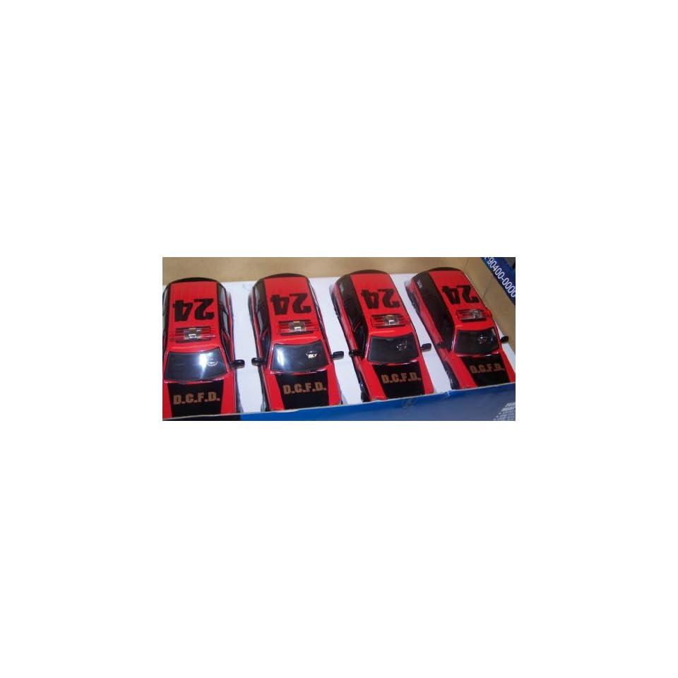 Jada Toys 1/24 Scale Diecast Heat Series 2002 Cadillac Escalade Fire Dept. 4 Car Display Box