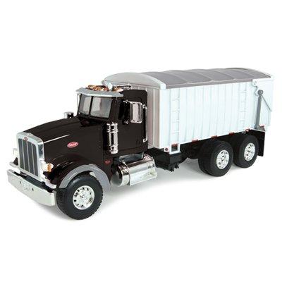 1-16-peterbilt-model-367-truck