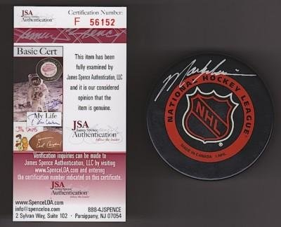 Signed Mark Messier Puck - NY NHL JSA - Autographed NHL Pucks