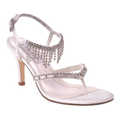 Luxury wedding shoes with a touch of crystal.