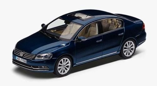 genuine-vw-passat-b7-saloon-night-blue-metallic-143-scale-diecast-model-car