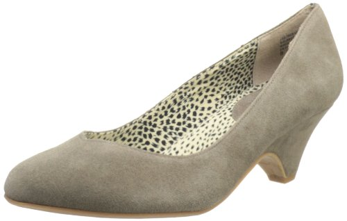 BC Footwear Women's In The Winner's Circle Suede