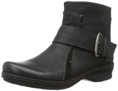 Clarks Women's Ideo Feast Ankle Boot,Black,7 M US