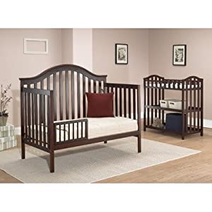 sorelle lynn 4 in 1 convertible crib w changing table