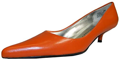 3. Chinese Laundry Women's Giggle Low Heeled Pump