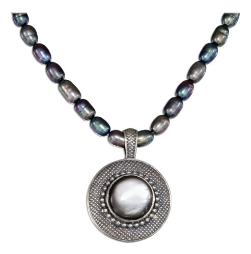 Sterling Silver 17 inch Gray Shell and Fresh Water Pearls Necklace.