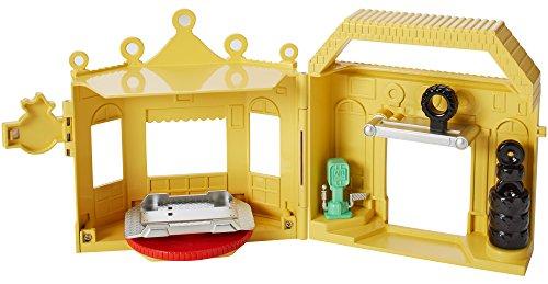 Disney/Pixar Cars 1:55 Luigi's Casa Della Tires Playset
