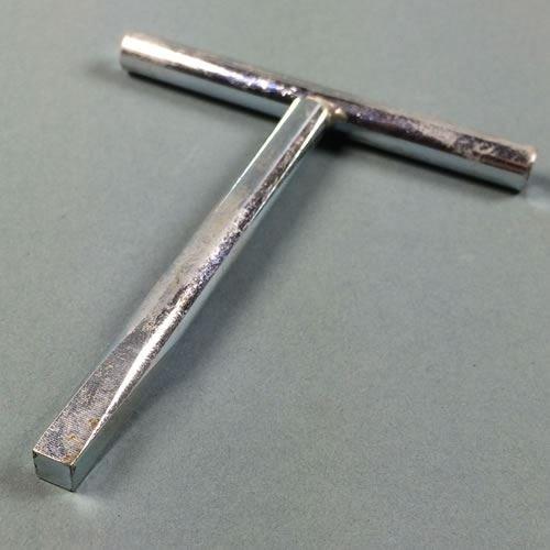 budget-key-t-bar-key-lock-tapered-square-drive-key-65mm-square-by-thunderfix
