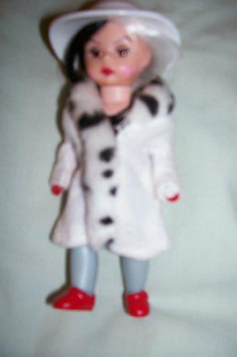 McDonald's 2004 Madame Alexander Wendy Doll Cruella De Vil - 1