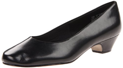 Soft Style Women's Angel II Pump,Black Smooth,9