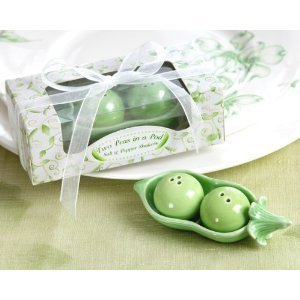 Two Peas in a Pod - Ceramic Salt & Pepper Shakers in Ivy Print Gift Box (pack of 9) by Kateaspen (Peas In Pod Salt compare prices)