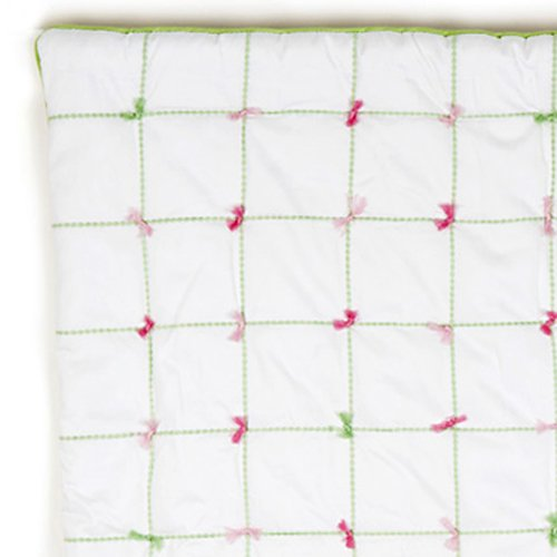 Whistle & Wink Tufted Nursery Quilt front-500565