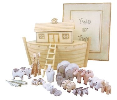 East of India Wooden Noah's Ark Gift Box Set