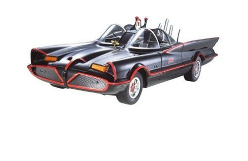 Mattel Hot Wheels 1:18 1966 TV Series Batmobile