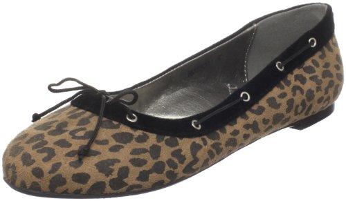 Best vegan shoes for Fall: Cri de Coeur Women's Animal Ballet Flat