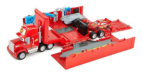 disney-pixar-cars-piston-cup-speedway-bundle