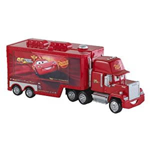 mattel x0621 disney cars 2 camion mack. Black Bedroom Furniture Sets. Home Design Ideas