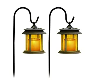 Flickering solar garden lights