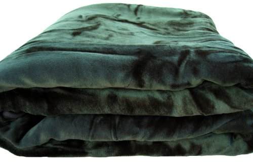 Brand New Queen Size Solid Super Soft Plush Mink Blanket Green