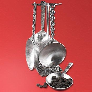 Pewter Measuring Cups & Display Post Gift Set - Hearts (Gourmet,Tin Woodsman Pewter,Gourmet Food,Baking Supplies)