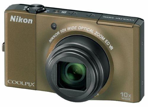 Nikon Coolpix S8000 Digitalkamera (14,2 Megapixel, 10-fach Zoom, 7,5cm (3,0-Zoll) Display) braun