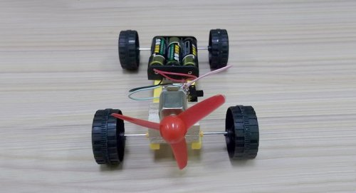 Diy Propeller Powered Race Car (Large)-Propeller Car - Large (Aa) - (Premium Quality)