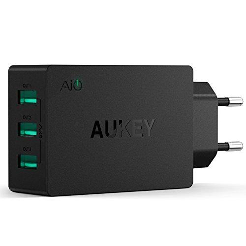AUKEY-Caricatore-da-Muro-con-3-Porte-30W-6A-con-AiPower-per-iPhone-7-7-Plus-6S-6S-Plus-Samsung-Galaxy-S7-S7-Edge-e-Altri-Dispositivi-Alimentati-da-USB-Nero