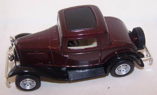 Kinsmart 1/34 Scale Diecast 1932 Ford 3-window Coupe in Color Maroon - 1