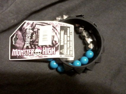 Monster High Set of 2 Beaded and Rubber Bracelets