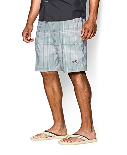 Under armour men s ua fish hunter cargo shorts 32 white for Under armour fishing shorts