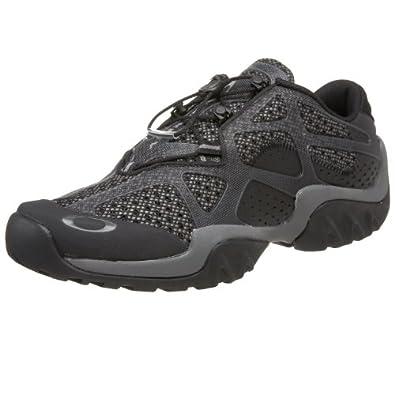Amazon.com: Oakley Men's Bottlecap 2 Water Shoe,Black,6 M
