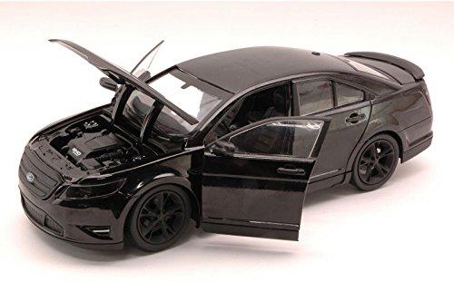 ford-taurus-sho-2012-men-in-black-3-124-greenlight-movie-modello-modellino-die-cast
