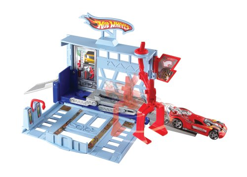 Hot Wheels City Power Lift Garage Playset (Hot Wheels Garage Cars compare prices)