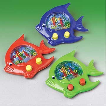 Official Costumes Fish Ring Toss Water Game (1 Piece) - 1