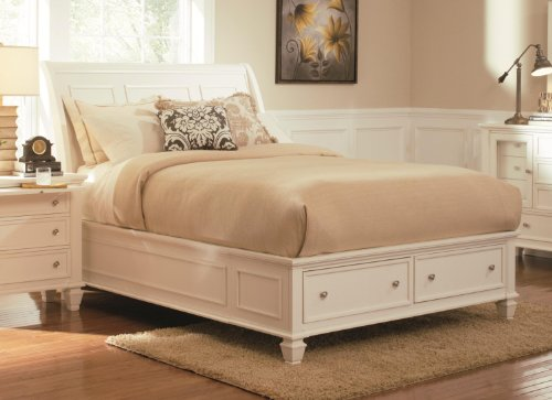 Coaster Sandy Beach Queen Sleigh Bed with Footboard Storage (White Queen Bed With Storage compare prices)