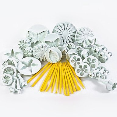 11 Sets (44 pcs) Cake Cutters Heart/Star/Butterfly Pattern