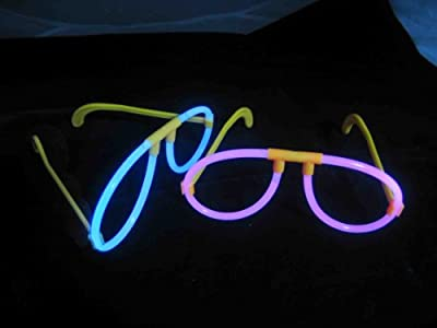 "200 8"" Glow Stick Bracelets,mixed Colors,100bracelet necklace Connectors,5 Pairs of Glow Glasses Connectors,1 Glow Ball/flower Kit,5 Hair Clip Barrettes by ESHOPPING168"