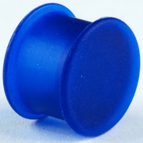 One Silicone Solid Front Plug: 7/8