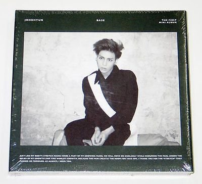JONGHYUN ジョンヒョン SHINee - Base (1st Mini Album) [GREEN cover] CD + Photobook + Photocard [KPOP MARKET特典: 追加特典フォトカード] [韓国盤]をAmazonでチェック!
