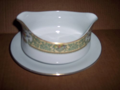 Fine Porcelain Gravy Boat Mikasa Fine China Japan