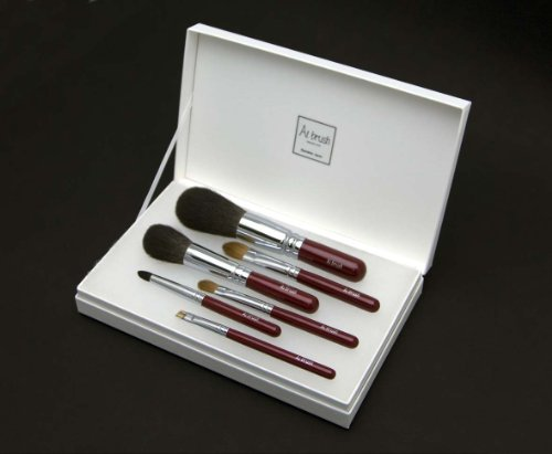 伝統工芸品 熊野筆 最高級の化粧ブラシセット