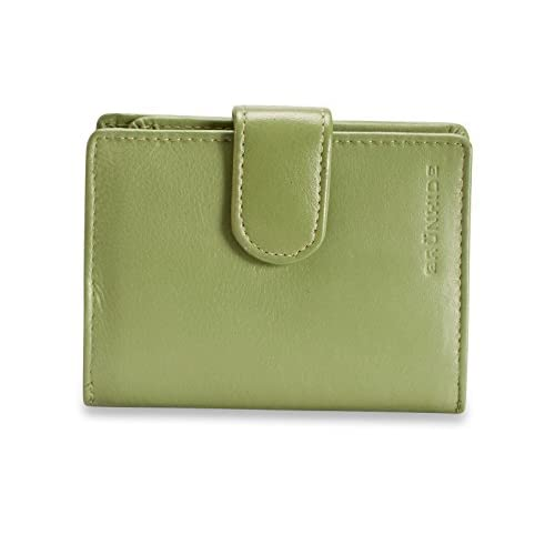 Discover 10 Green Leather Purses