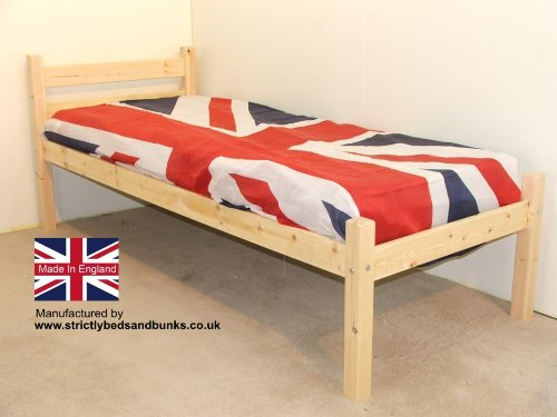 Junior bed 2ft 6 by 5ft 9 Short Single with 5