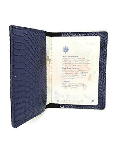 custodia-passaporto-viaggio-drago-di-komodo-vegan-blu-fatto-a-mano-in-francia-dea-concept