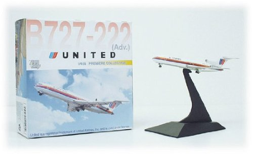 united-airlines-boeing-727-222-vintage-livery-1400-scale-model-55225-by-dragon