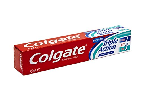 Colgate - Dentifricio Triple Action, Protezione Carie, Denti Bianchi, Alito Fresco - 75 ml