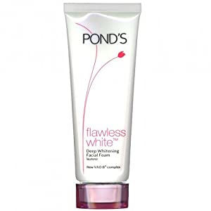 POND'S Flawless White Facial Foam