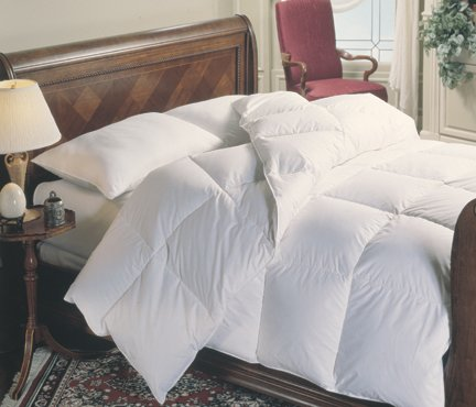 300tc Microfiber White Down Alternative Comforter