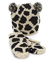 2 Piece Animal Print Knitted Hat & Mittens Set