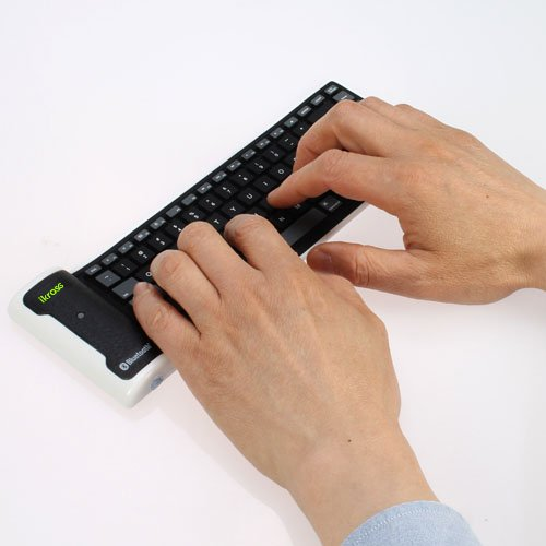 iKross Bluetooth Wireless Flexible Foldable Keyboard for Samsung Galaxy S3/S III, Samsung Galaxy S2/S II, Asus Google Nexus 7, Asus Transformer TF701, TF300, TF201, TF101, Acer Inconia A510, A710 And other Tablet, Android Cell Phone, Window Smartphone, Unlocked Mobile Prepaid Phone and more